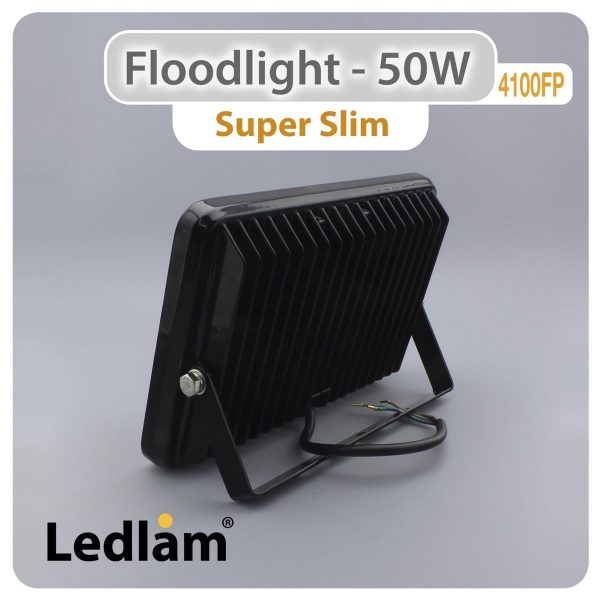 Ledlam-LED-Floodlight-50W-4100FP-slim-02
